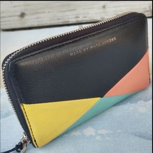 Marc By Marc Jacobs Sophisticato Leather Wallet